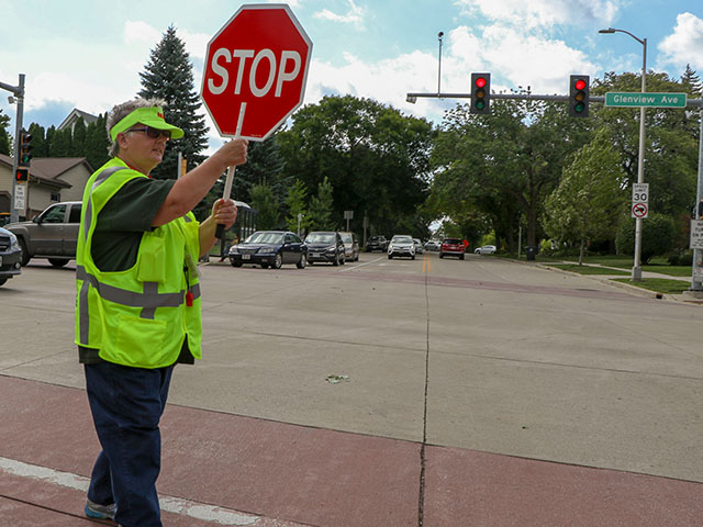 Now Hiring Crossing Guards